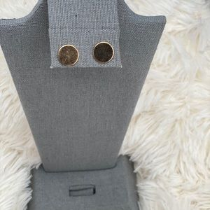 Cute gold colored stud earrings